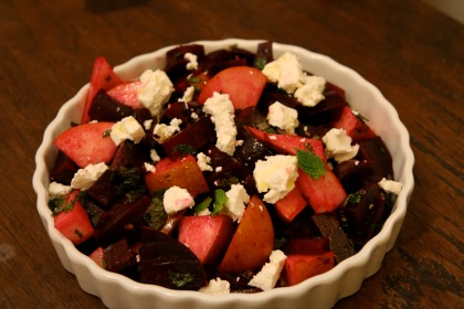Beet and pear salad with mint