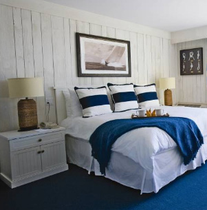 Montauk Yacht club room